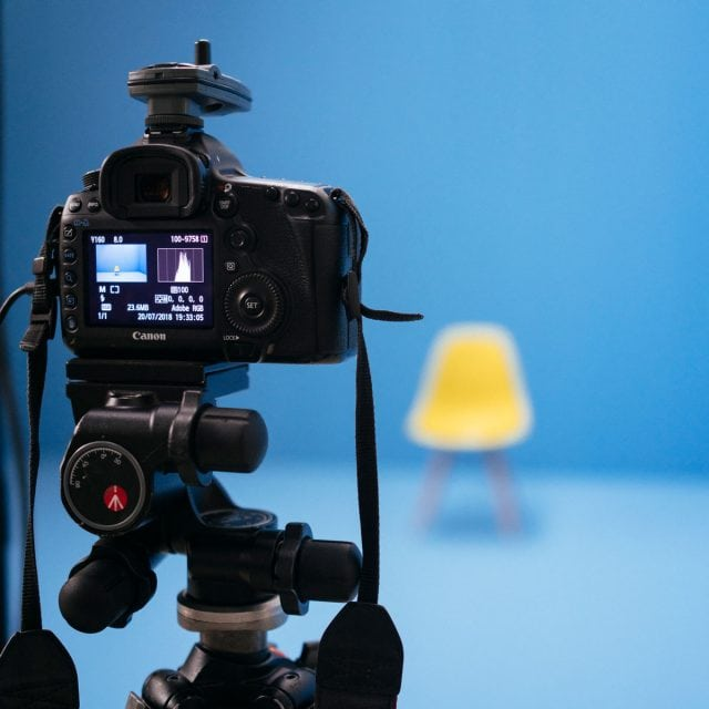 WECAUSE Making Of Fotoshooting Kamera